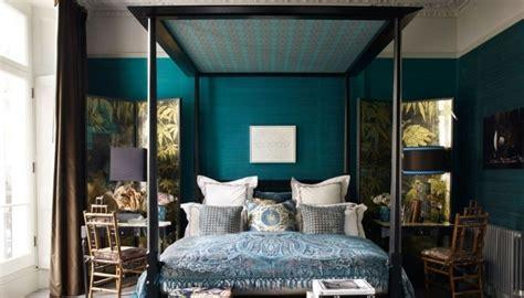 chambre bleu canard 1001 idées pour une chambre bleu canard pétrole et paon