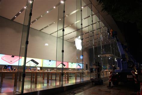 Impressive new Omotesando Apple Store Tokyo set to open on ...
