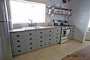 Ana White Farmhouse Style Kitchen Island for Alaska Lake