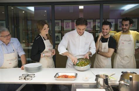 cours cuisine ducasse cours cuisine alain ducasse version loisirs idées et