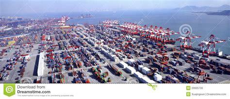 plus grand port de terminal de r 233 cipient image 233 ditorial image du cargaison 29925700