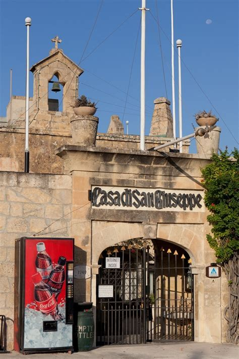 St. Joseph Home Hostel, Hotel ? Ghajnsielem , Gozo, Malta