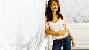 Natalie Portman Hot Photoshoot Photos And Wallpapers Full ...