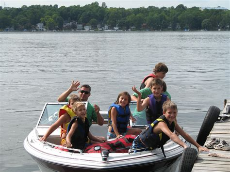 Family Boats by Family Boating