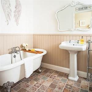 Neutral, Bathroom, With, Wood, Panelling, And, Statement, Floor
