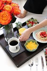 Petit Dejeuner Au Lit : bon petit d jeuner au lit oatmeal and fruits on r ve toutes d un petit d jeuner au lit ~ Melissatoandfro.com Idées de Décoration