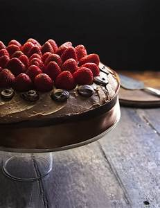 Rústica: Pastel de Chocolate & Fresas | cooking | Pinterest