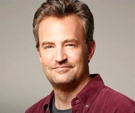 Matthew Perry Missing Tip Finger