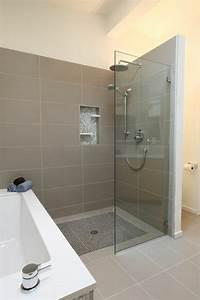 Receveur Salle De Bain : le receveur de douche extra plat l gance pour la salle de bains ~ Melissatoandfro.com Idées de Décoration