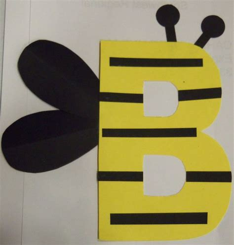 best 25 bumble bee crafts ideas on bee crafts 881   a0eab1dc525e1b29e73cdaf4b5222fab bumble bee template bumble bee craft