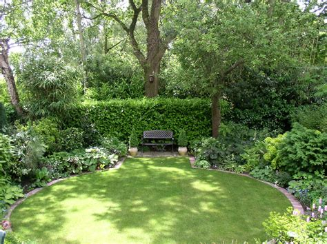 amazing back gardens amazing of amazing small back garden decking ideas great 5028