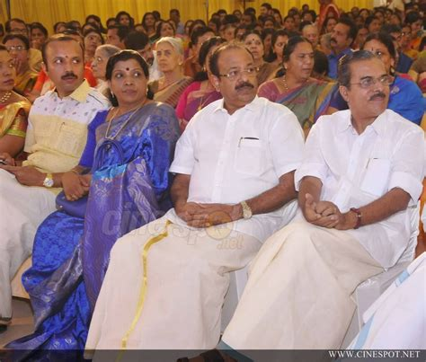 actress karthika murali photos murali daughter karthika marriage photo 28