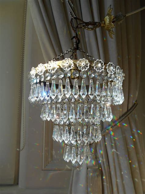 ideas for chandeliers 17 best ideas about vintage chandelier on