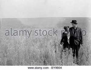City Girl Year : 1930 USA Director : F.W. Murnau Mary ...