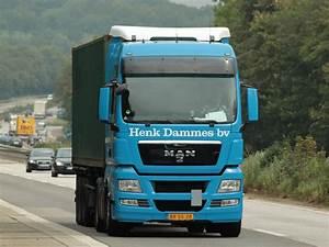 40 Fuß Container : man mit 40 fu container auf dem auflieger am auf der a4 kurz vor der ~ Frokenaadalensverden.com Haus und Dekorationen
