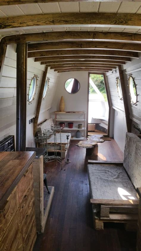 Living On A Canal Boat by Best 25 Boat Interior Ideas On Canal Boat