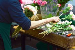 26 Things Your Florist Won't Tell You Reader's Digest