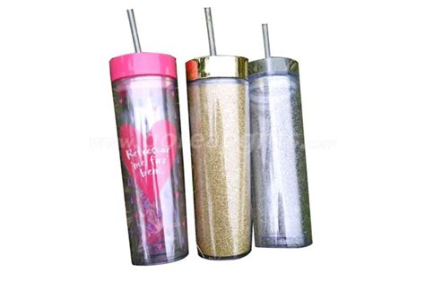 Unless your designs are not thoughtful you will hardly reach a desire end. New style promotional 350ml glitter insert double wall ...