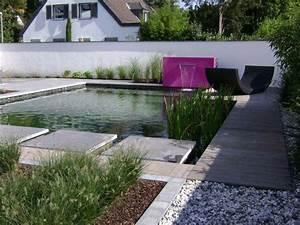 petit bassin de jardin 24 idees deco modernes With fontaine de jardin moderne