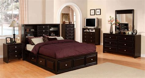 Winsor Bedroom Set W Yorkville Storage Bed Furniture Of