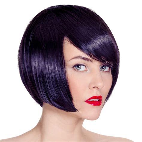 schwarz blaue haare mit kurzem bob haarschnitt schwarze
