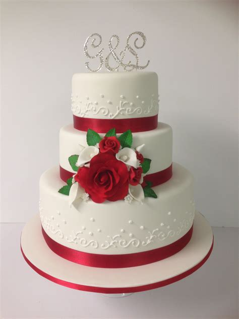 3 Tier Red And White Wedding Cake Annettes Heavenly Cakes