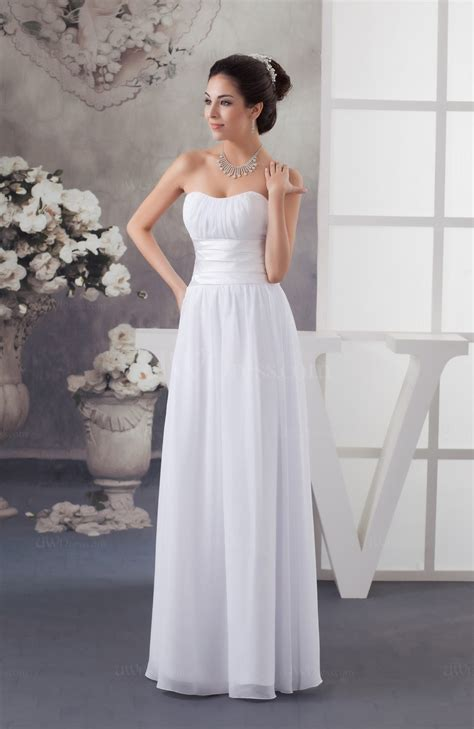 white chiffon bridesmaid dress country fashion spring