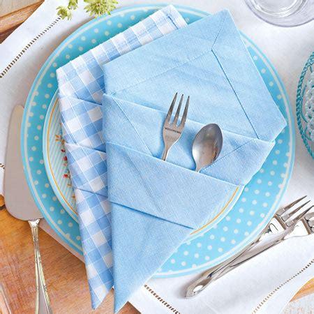 papierservietten falten bestecktasche bestecktasche falten servietten mit stauraum lecker de