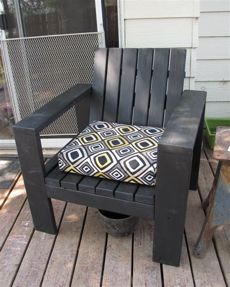 Easy Patio Diy by White Simple Outdoor Lounge Chair Beefed Up Diy