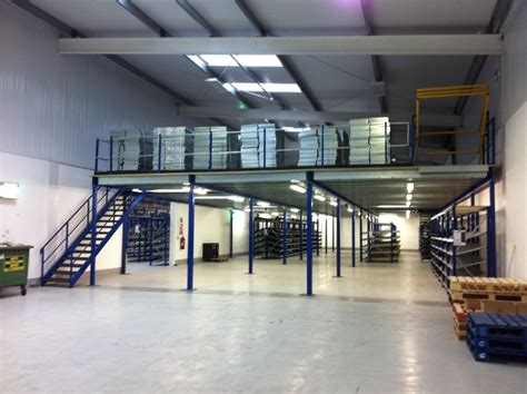 flooring warehouse warehouse storage mezzanine floors products spaceway