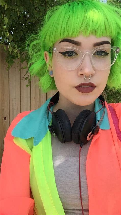 Best 25 Neon Green Hair Ideas On Pinterest