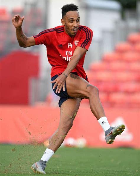 Where Man Utd stand on signing Pierre-Emerick Aubameyang ...