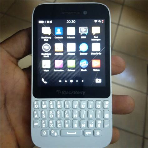 sold sold sold used white and blackberry q5 for grabs enugu phone market nigeria