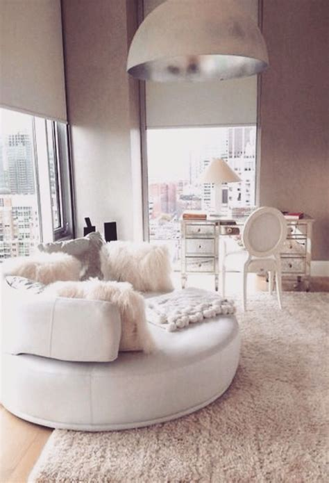 Best 25+ Bedroom Couch Ideas On Pinterest  Chaise Bedroom