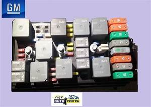 Buy Used 2005 Chevrolet Equinox Fuse Box Oem Gm Part Motorcycle In Miami  Florida  Us  For Us  64 99