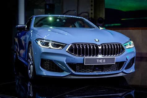 The bmw digital key makes it possible to lock, unlock and start your bmw with any compatible smartphone or key card unlock. The all-new BMW 8 Series is here! - Carsome Malaysia