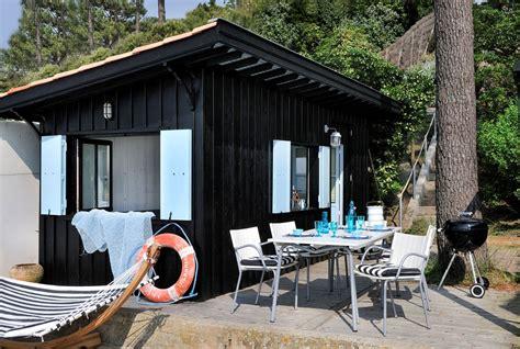 comment faire une cabane dans une chambre cabane en bois un cabanon de pêcheur transformé en