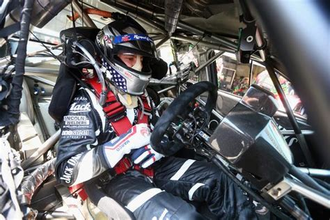 5 Ways Racecar Drivers Can Help Improve Your