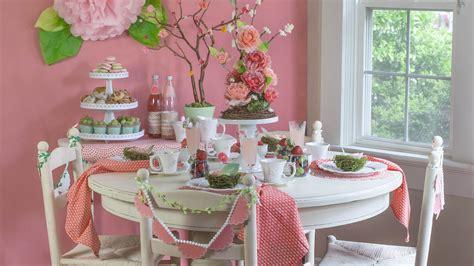 host  pretty  pink mothers day brunch martha stewart