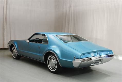 oldsmobile toronado  door hyman  classic cars