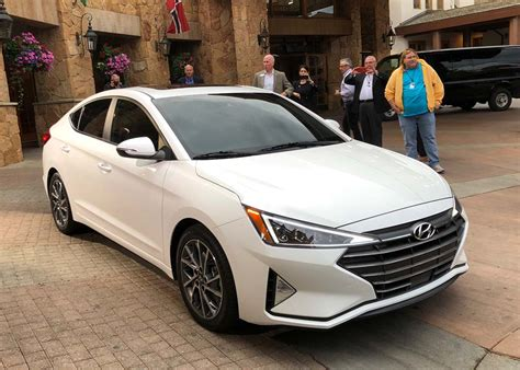 2019 Hyundai Elantra More Than The Typical Midcycle