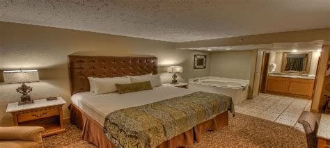 2 bedroom hotels in pigeon forge tn hotels with 2 bedroom suites in pigeon forge tn pigeon