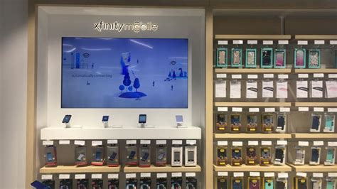 3 mobile store locator what xfinity mobile will look like in comcast s stores