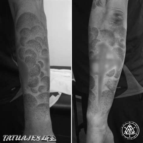 relleno en puntillismo tatuajes