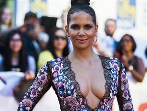 DONE WITH LOVE Halle Berry Gives Up Finding The One Canoe