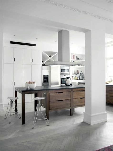 cocina abierta en vivienda rehabilitada isla central