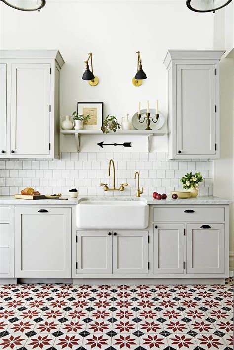 Kitchen Floor Tiles For White Cabinets by Ceramic Floor Tiles The Pros And Cons Nonagon Style