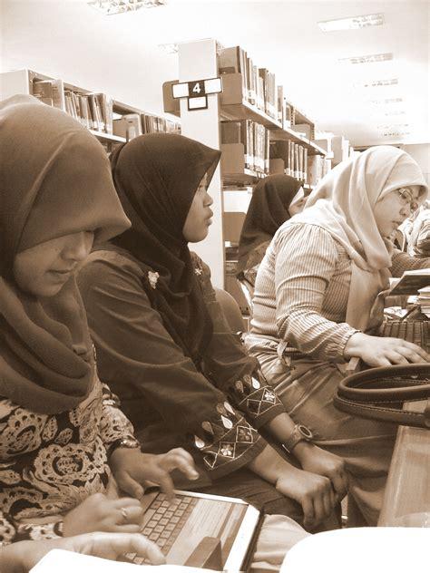 Wanita Dewasa Menurut Islam Mencari Jodoh September 2013 Newhairstylesformen2014 Com