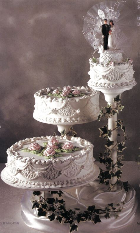 diy wedding cake step by step cake step by guide to baking and decorating a wedding diy