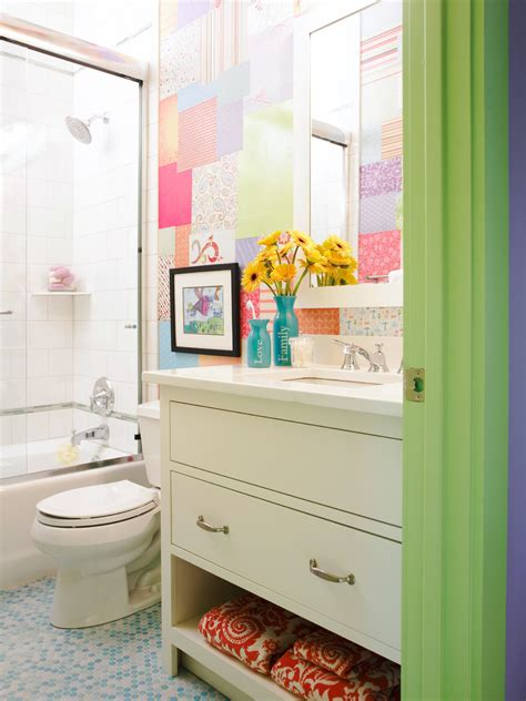Colored Bathroom by Citrus Colors Are Back Tour These 7 Summery Bathrooms